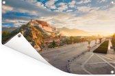 Het Potalapaleis met een heldere zonsopgang in China Tuinposter 60x40 cm - klein - Tuindoek / Buitencanvas / Schilderijen voor buiten (tuin decoratie)