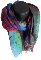 Mooie hippe sjaal van pashmina pauwen veren mix kleuren lengte 180 cm breedte 70 cm versierd met franjes.