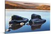 Rotsen in het water bij het Nationaal park Yorkshire Dales in Engeland Aluminium 90x60 cm - Foto print op Aluminium (metaal wanddecoratie)