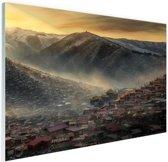 Oude Chinese stad in de bergen Glas 180x120 cm - Foto print op Glas (Plexiglas wanddecoratie) XXL / Groot formaat!