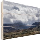 Het berglandschap van het Nationaal park Snowdonia in Wales Vurenhout met planken 90x60 cm - Foto print op Hout (Wanddecoratie)