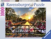 Ravensburger puzzel Fietsen in Amsterdam - Legpuzzel - 1000 stukjes