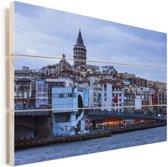 Wijk in Istanbul Vurenhout met planken 90x60 cm - Foto print op Hout (Wanddecoratie)