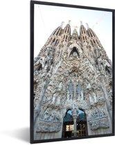 Foto in lijst - Achterkant Sagrada Familia Barcelona fotolijst zwart 40x60 cm - Poster in lijst (Wanddecoratie woonkamer / slaapkamer)