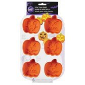 Wilton Halloween Pompoen Cakejes Siliconen Bakvorm