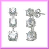 Elegante zilveren oorbellen,met CZ