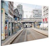 FotoCadeau.nl - Lege straat in Berlijn Duitsland Aluminium 90x60 cm - Foto print op Aluminium (metaal wanddecoratie)