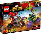 LEGO Super Heroes Hulk vs. Red Hulk - 76078