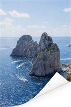 Mooie rotsformatie in de zee van Capri in Italië Poster 120x180 cm - Foto print op Poster (wanddecoratie woonkamer / slaapkamer) XXL / Groot formaat!