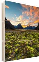Zonsondergang Nationaal park Fiordland op Zuidereilanden Vurenhout met planken 20x30 cm - klein - Foto print op Hout (Wanddecoratie)