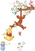Disney RoomMates Muursticker Winnie the Pooh Swinging for Honey - Multi