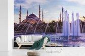 Fotobehang vinyl - Mooie fontein en Moskee in Istanbul breedte 390 cm x hoogte 260 cm - Foto print op behang (in 7 formaten beschikbaar)