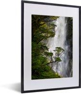 Foto in lijst - Waterval in het Nationaal park Arthur's Pass op South-Island fotolijst zwart met witte passe-partout klein 30x40 cm - Poster in lijst (Wanddecoratie woonkamer / slaapkamer)