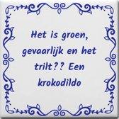 Spreuktegel Het is groen gevaarlijk en het trilt Een krokodildo