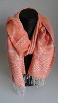 Mooie hippe sjaal van pashmina in de kleuren oranje wit blauw figuren breedte 70cm lengte 180 cm.