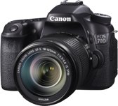 Canon EOS 70D Kit + EF-S 18-135 mm IS STM