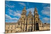 Voorkant van de gotische kathedraal van Santiago de Compostella Aluminium 90x60 cm - Foto print op Aluminium (metaal wanddecoratie)