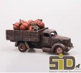 Vrachtauto met pompoenen led 18.5x7x9 cm Voertuigen