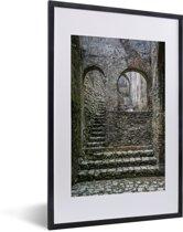 Foto in lijst - Mooie trap in het Citadelle Laferrière fort fotolijst zwart met witte passe-partout 40x60 cm - Poster in lijst (Wanddecoratie woonkamer / slaapkamer)