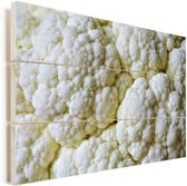 Een close-up van verschillende bloemkolen Vurenhout met planken 120x80 cm - Foto print op Hout (Wanddecoratie)