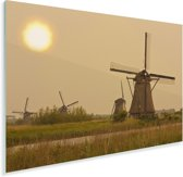 Landschap bij de Molens van Kinderdijk in Nederland Plexiglas 90x60 cm - Foto print op Glas (Plexiglas wanddecoratie)