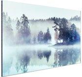 Mistig landschap  Aluminium 90x60 cm - Foto print op Aluminium (metaal wanddecoratie)