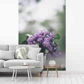 Fotobehang vinyl - Zoet geurende sering in glazen vaas breedte 190 cm x hoogte 280 cm - Foto print op behang (in 7 formaten beschikbaar)