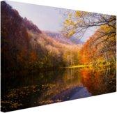De typische herfstachtige natuur Canvas 80x60 cm - Foto print op Canvas schilderij (Wanddecoratie)