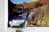 Fotobehang vinyl - Watervallen in het Engelse Nationaal park peak District breedte 420 cm x hoogte 280 cm - Foto print op behang (in 7 formaten beschikbaar)
