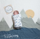Lulujo Baby's First Year swaddle & cards - I will move mountains