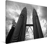Zwart wit foto van de Petronas Towers Canvas 180x120 cm - Foto print op Canvas schilderij (Wanddecoratie woonkamer / slaapkamer) XXL / Groot formaat!