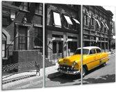 Schilderij   Canvas Schilderij Oldtimer, Auto   Zwart, Wit, Geel   120x80cm 3Luik   Foto print op Canvas