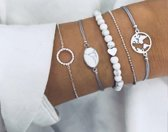 8) 5-delige armband - Witte kralen met hartje- zilver armbandje met rondje -  lichtblauw armbandje met steentje - zilveren armbandje met bolletjes - lichtblauw armbandje met zilveren wereldbol - Tibri