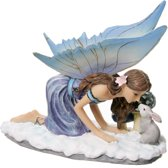 Beeld - Fee - Winter kus Fee - Tales of Avalon - Lisa Parker - 16cm