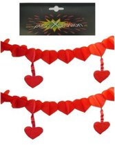 Slinger hartjes rood met hangende hartjes 6m
