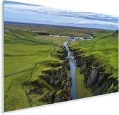 Luchtfoto van een rivier in het Europese IJsland Plexiglas 90x60 cm - Foto print op Glas (Plexiglas wanddecoratie)
