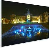 Schitterende blauwe fontein voor het raadhuis in Birmingham Plexiglas 90x60 cm - Foto print op Glas (Plexiglas wanddecoratie)