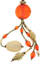 Lange goudkleurige ketting met oranje glaskralen en grote hanger