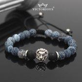 Victorious - Armband Blauwe Natuurstenen met Witte Krakel - zilverkleurige Leeuw - Unieke Touwsluiting - 14/18cm