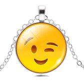 Emoji ketting knipoog