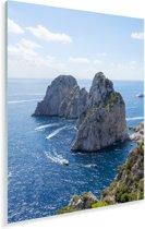 Mooie rotsformatie in de zee van Capri in Italië Plexiglas 80x120 cm - Foto print op Glas (Plexiglas wanddecoratie)