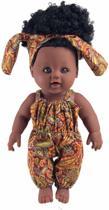 Bruine meisjes pop met krullend zwart haar in een jumpsuit met Afrikaanse printjes 30 cm babypop- donkere pop- komt in eigen roze verpakkingsdoos- Gratis zonnebril voor uw kleine als verrassing- BellaSupplies