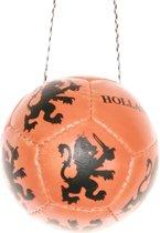 Oranje luxe voetbal aan koord