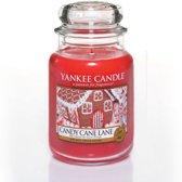 Yankee Candle Candy Cane Lane - Large Jar