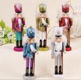 Decoratieve notenkraker - 5 stuks in 1 doos - design- detail- 15 cm - Versiering - Hout - Houten poppetjes- decoratief- It's about HiRi