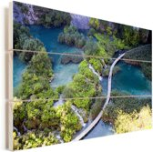 Uitzicht op het Nationaal park Plitvicemeren in de herfst Vurenhout met planken 120x80 cm - Foto print op Hout (Wanddecoratie)