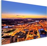 Het verlichte Cincinnati in Amerika vlak na zonsondergang Plexiglas 90x60 cm - Foto print op Glas (Plexiglas wanddecoratie)