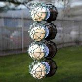 Raamvoederkorf voor vetbollen