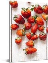 Kleurrijke aardbeien op tafel Aluminium 80x120 cm - Foto print op Aluminium (metaal wanddecoratie)
