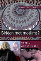 Tussen Hoed En Hoofddoek - Wereldgodsdiensten in de klas